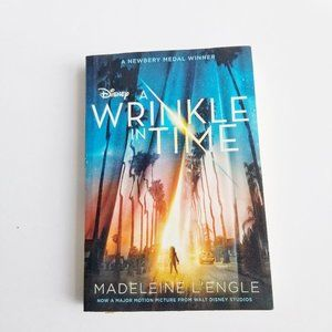 3/$20 Disney A Wrinkle In Time Paperback Book